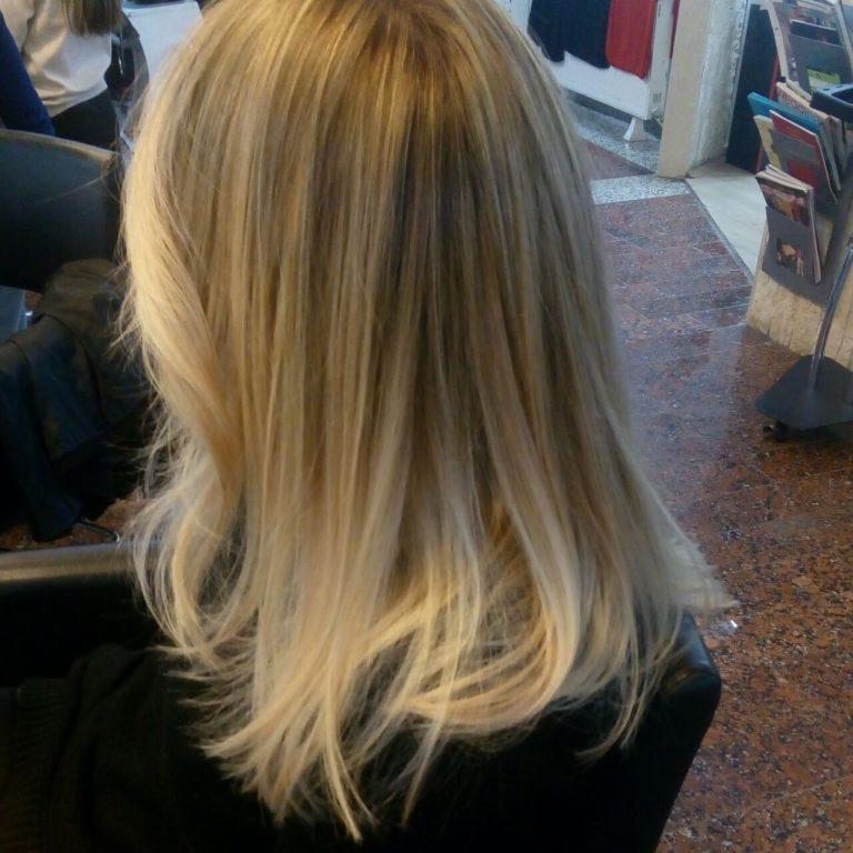 Işıltı Atma Saç Stili Işıltılı Saçlar Işıltı Atılmış Saç