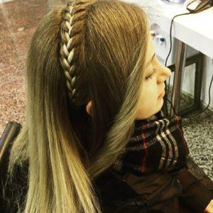 Karanek Kumral Saç Modeli
