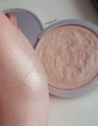 Highlighter Makyaj Ürünleri İncelemesi ve Kullanıcı Yorumları