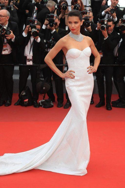 70. Cannes Film Festivali'inde Dikkat Çeken Kırmızı Halı Elbiseleri