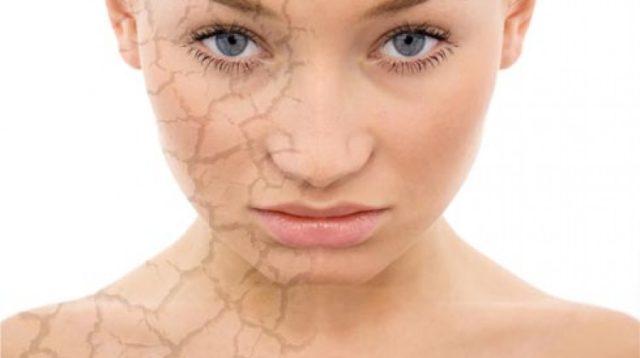 Kuru Ciltler İçin Makyaj ve Bakım Tavsiyeleri - Doğru Makyaj Teknikleri