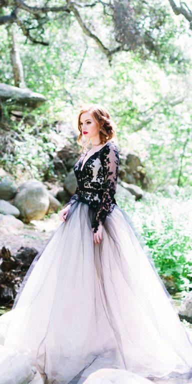 Uzun kollu v yaka-renkli-düğün-elbiseleri-Elizabeth Mackenzie