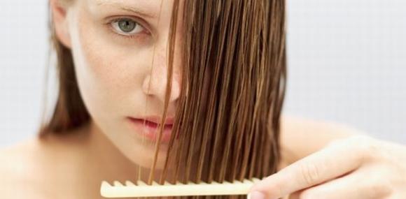 Daha Uzun ve Sağlıklı Saçlar için En Etkili 11 Saç Uzatma Yöntemi