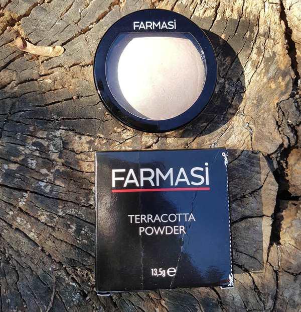 Farmasi Terracotta Powder Aydınlatıcı İncelemesi ve Kullanıcı Yorumları