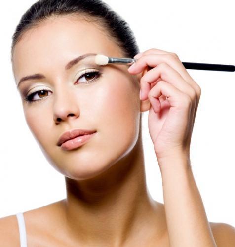 Makyaja Yeni Başlayanlar İçin Öneriler