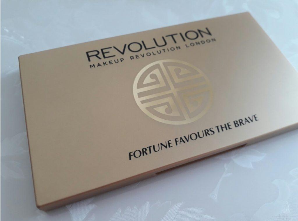 Makeup Revolution Fortune Favours The Brave Far Paleti İncelemesi