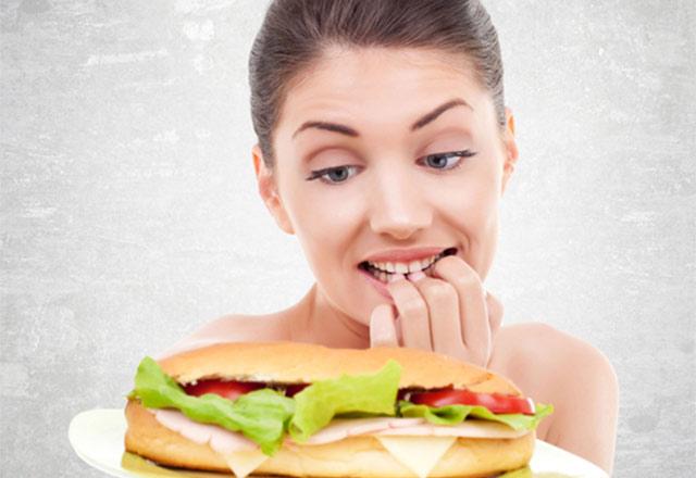 Kontrolsüz Diyetin Tehlikeleri Nelerdir?
