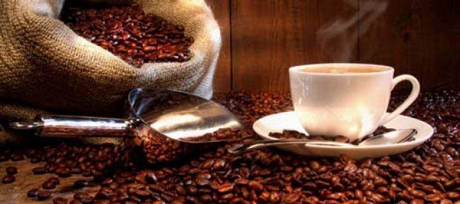 Kahve Telvesi ile Gelen Güzellik - Peeling ve Maske Tarifleri