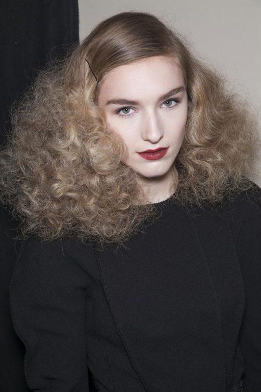 Kabarık Saçlar İçin Yapılması Gerekenler