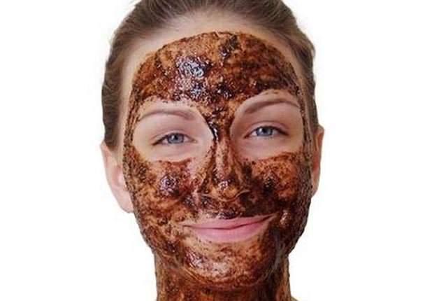 Türk Kahvesi İle Yüz Maskesi Yapımı