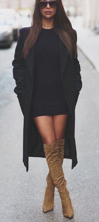 Gardırobunuzda Kesinlikle Olması Gereken Bir Parça; Siyah Elbise!