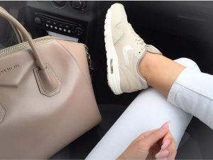 Giy Çık Rahatlığını Sunan Spor Ayakkabılar İyi Ki Var
