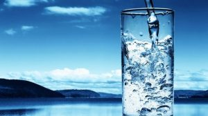 1 Ay Sadece Su İçerseniz Neler Olur?