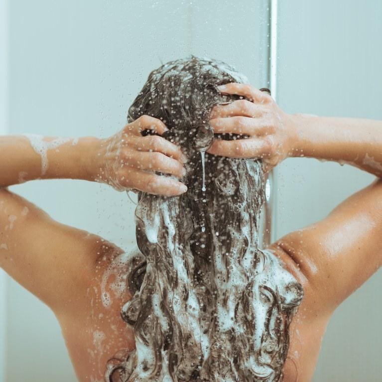Daha Genç Bir Cilt İçin Banyo Öncesi ve Sonrası