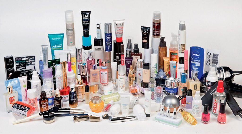 Kozmetik Mağazalarından İndirimde Neler Alınır?