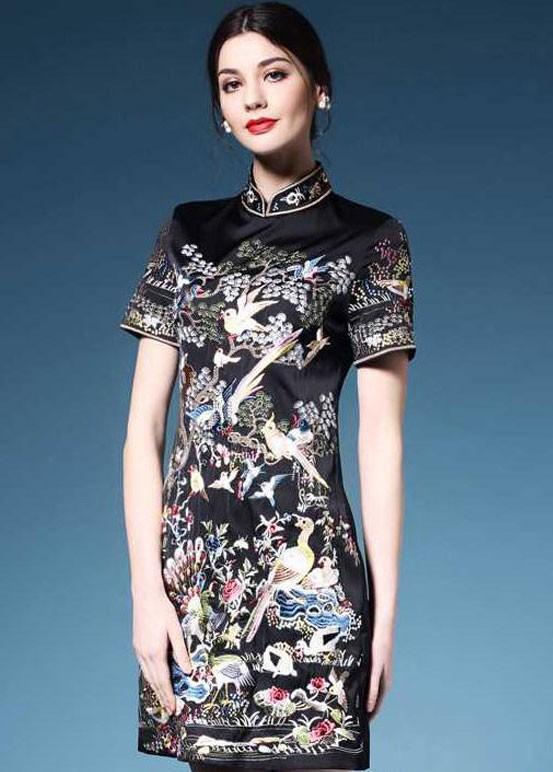 Yazın Vazgeçilmezi Elbise Modelleri