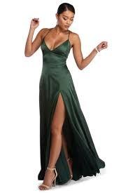 Sezonun Trendi: Saten Elbise