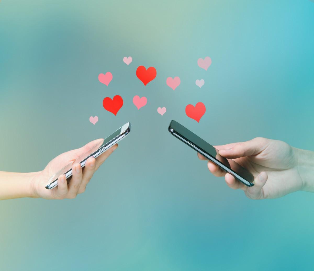 Uzak Mesafeli İlişkiler Nasıl Yürür?