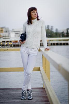Sonbahar Aylarında Beyaz Pantolon Nasıl Giyilir?